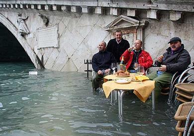 イタリア ヴェネツィア リアルト橋 アクアアルタ