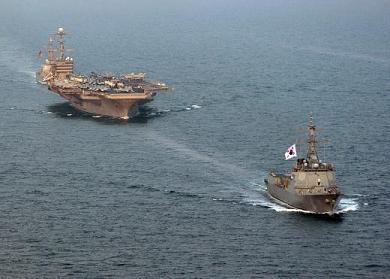 韓国 米国 ジョージ・ワシントン 世宗大王艦