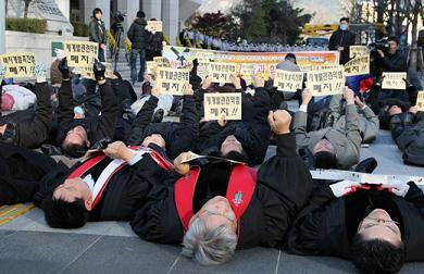 韓国 キリスト教 デモ