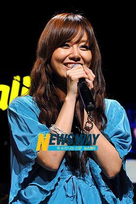 韓国 歌手 シオン