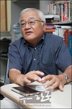産経新聞 黒田勝弘