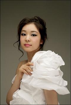 韓国 キム・ヨナ メスヒトモドキ 売春婦
