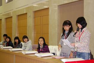 日本 台湾 香川 県内での音楽交流活動に向け意気込みを語る生徒=県庁