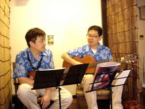 ハニーココナッツ。左が下村さん。右が伊藤さん