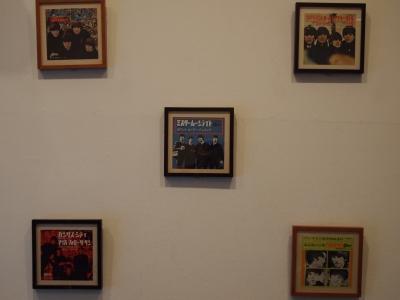 ビートルズのシングル盤2月.jpg