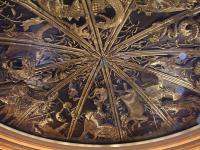 ホテルの天井