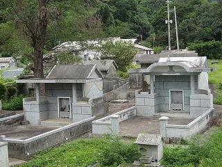 沖縄・墓石