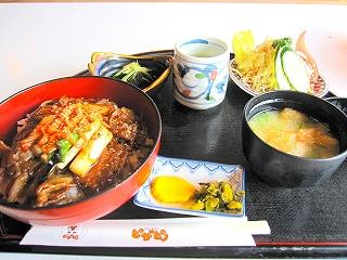 味噌豚丼定食