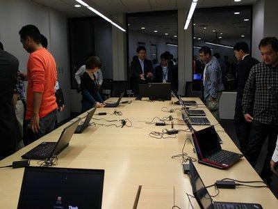 ThinkPad タッチアンドトライ