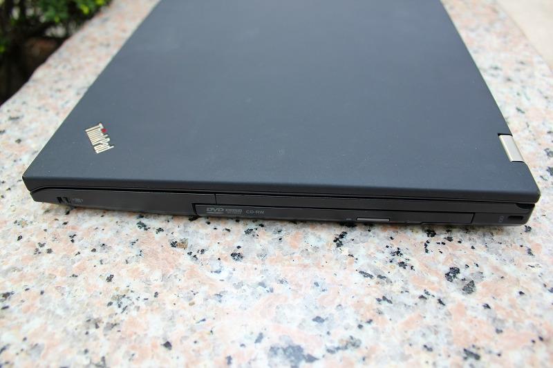 ThinkPad T410s 右サイド