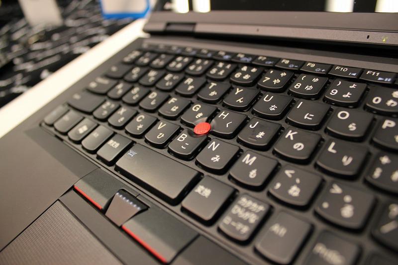 ThinkPad X1 キーボードバックライト (OFF)