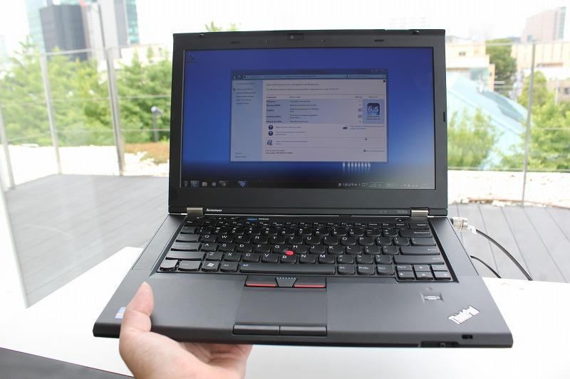 片手で持てるThinkPad T430s
