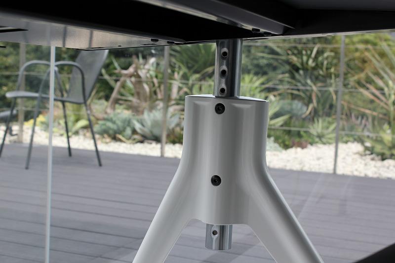ハーマンミラーのデスク 高さ調整