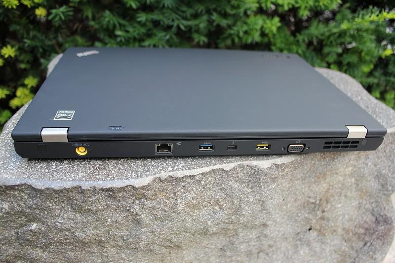 ThinkPad T430sの背面