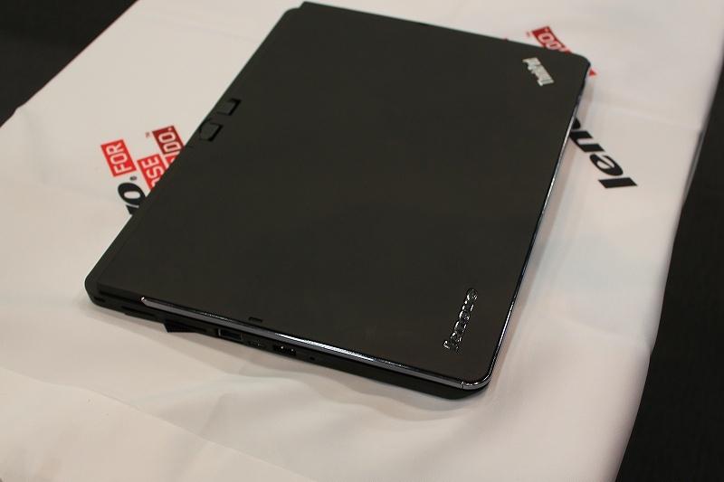 ThinkPad Twist S230u 天板