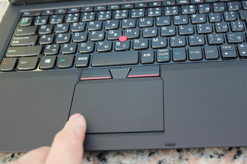 ボタン一体型のパッド ClickPad