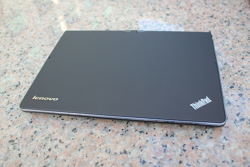 ThinkPad Twistの天板