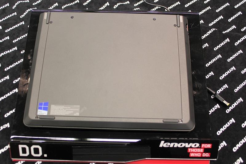 ThinkPad Helixの底面