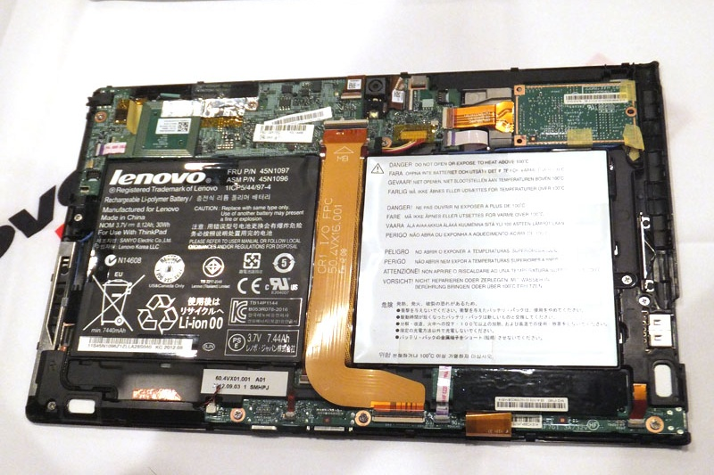 ThinkPad Tablet 2 分解写真