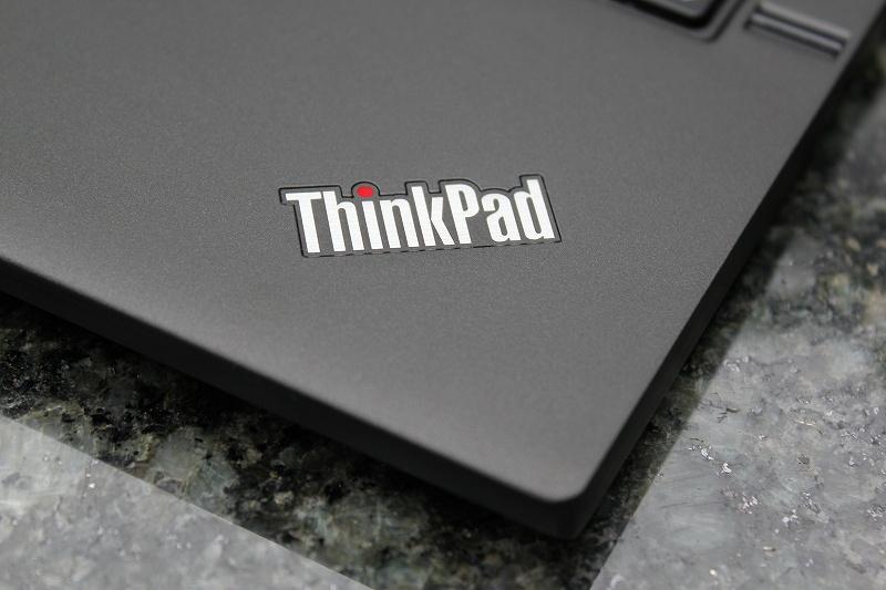 ThinkPad X240s ロゴ
