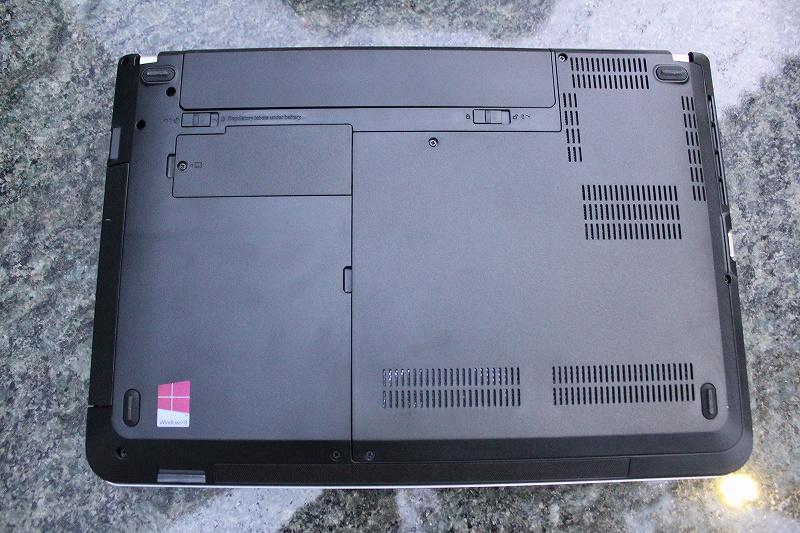 ThinkPad E440 底面
