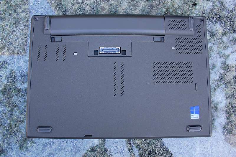 ThinkPad T440p 底面