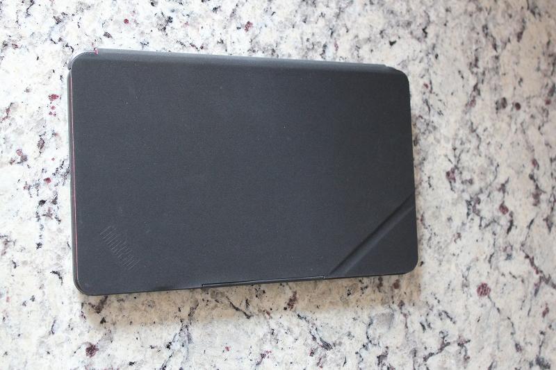 ThinkPad 8 にクイックショットカバー装着