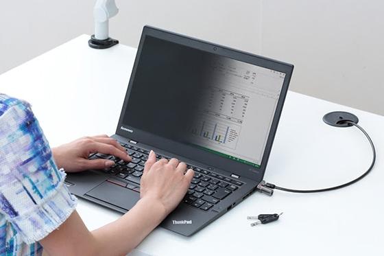 ThinkPadプライバシーフィルター