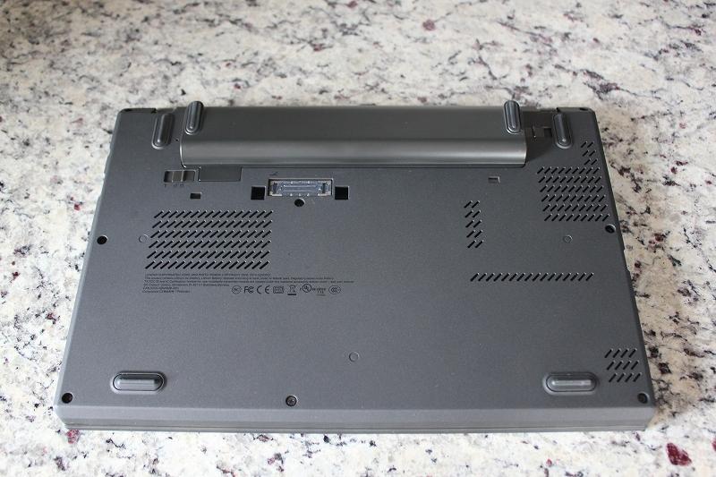 ThinkPad X250 底面