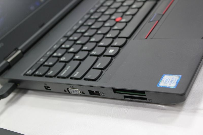 ThinkPad L570 左側面