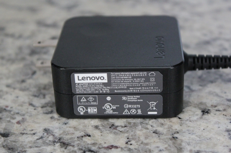 ideaPad 520のACアダプター PA-1450-55LL 20V/2.25A