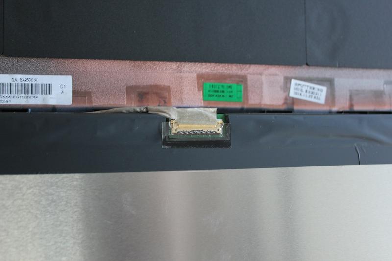 ThinkPad X260 液晶接続ケーブル - eDPコネクタの透明なシール