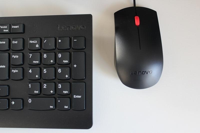 Lenovo V530S Small付属のキーボードとマウスは廉価版