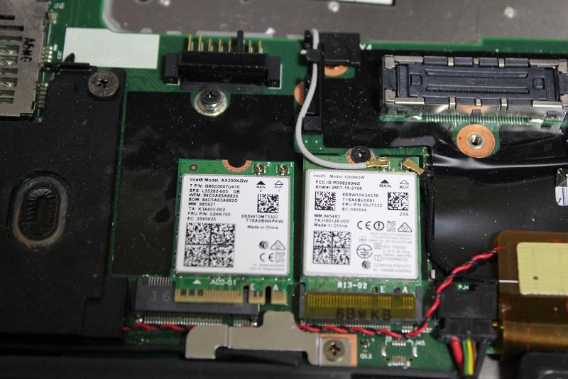 ThinkPad X260の分解、AX200へ換装