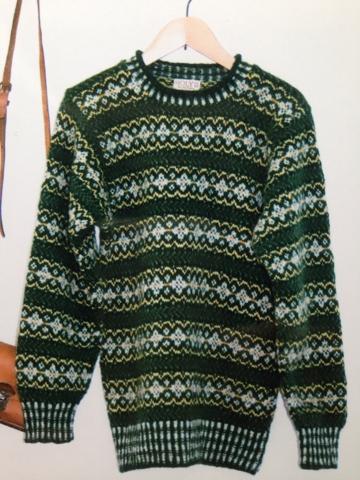 緑深いセーター