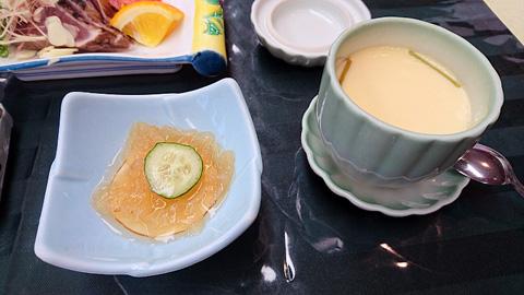 クラゲの酢味噌と茶碗蒸し