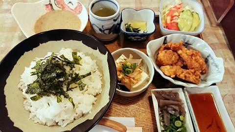 サツマ汁 唐揚げ定食