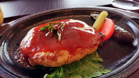 オリーブ夢豚ハンバーグ定食