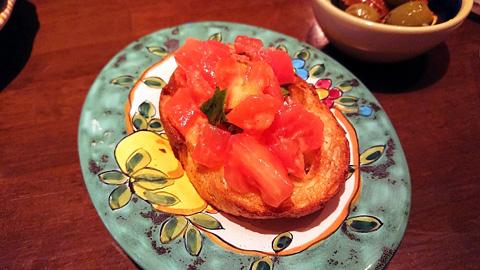 トマトの特製ブルスケッタ