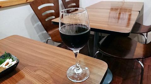 ルーマニア産の黒ワイン