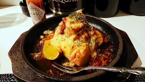 インカのめざめのトマトチーズ焼き