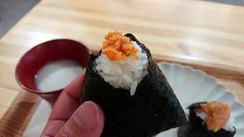 鮭めんたいむすび