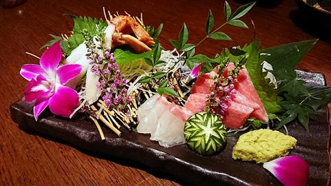蟹と鮮魚のお造り三点盛り