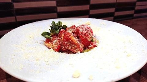 ミニトマトの粉チーズカプレーゼ