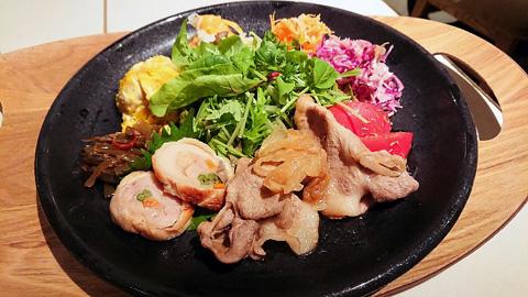 豚の生姜焼きデリプレート