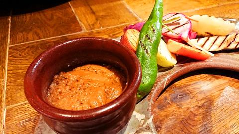 十種の彩り旬野菜のバーニャカウダ