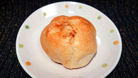 塩バターロール