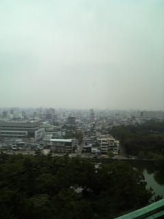 名古屋城からの景色。曇ってた。