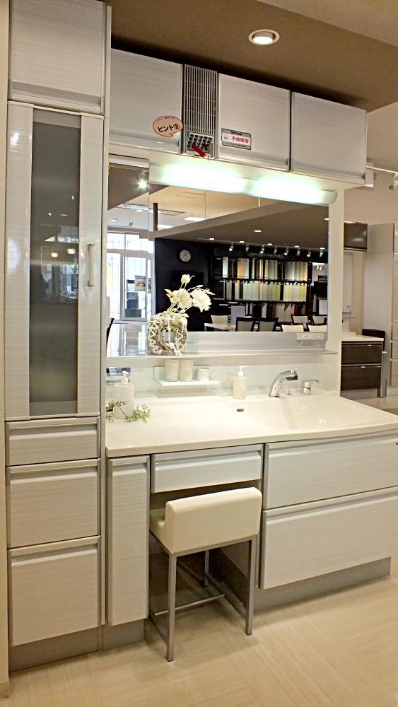 タカラさんの洗面化粧台も素敵です☆