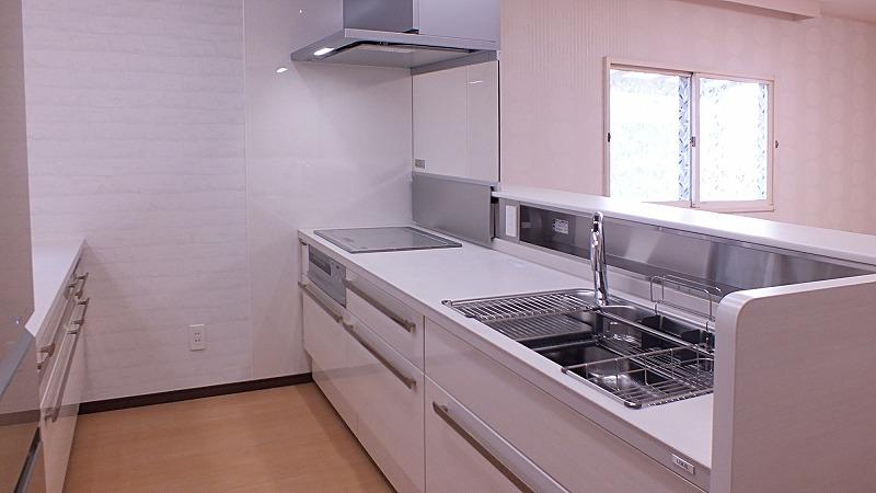キッチンはリクシルさんのリシェルSI Wサポートシンク IH調理器
